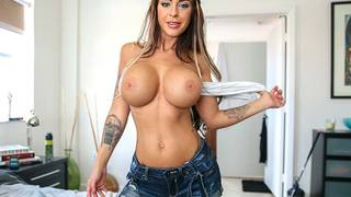 Meet Brook. Shes a hot piece of ass with gigantic size G tits, thick DSLs and a willingness to fuck anywhere, anytime. We love a chick like her cuz shes they type to make Bang Bros fans very happy. She sucks dick like you expect a hot piece of ass like th